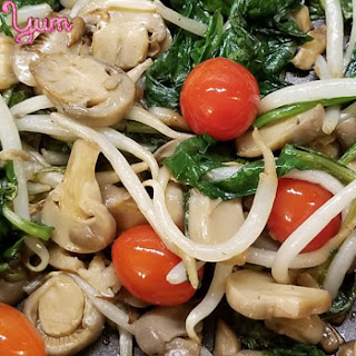 Sauteed Spinach and Mushrooms Asian-Style Recipe