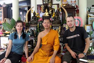 Photo: Mus priėmęs ir vaišinęs budistų vienuolis.  Our Buddhist friend, who hosted and fed us in the morning.