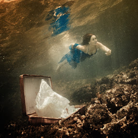 Leaving everything by Antonio Rossetti - People Fashion ( girl, underwater, dress, sea, diving, cofer, running away )