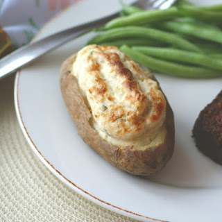 """Potato Boats with """"Sour Cream"""" and Herbs."""