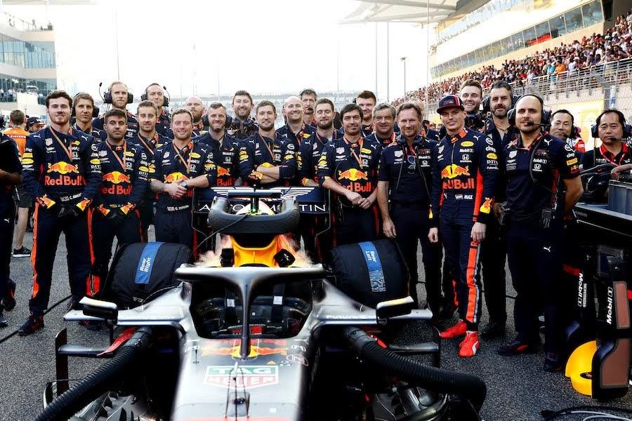 2019年F1アブダビGPフェルスタッペン記念写真