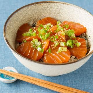 Salmon DONBURI (Raw Salmon Rice Bowl)