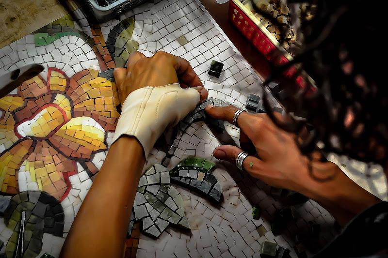 mosaico di kaos
