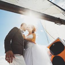 Wedding photographer Alina Kamenskikh (AlinaKam). Photo of 21.06.2013