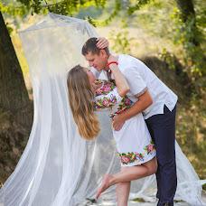 Wedding photographer Olesya Tomin (librealma). Photo of 27.09.2015