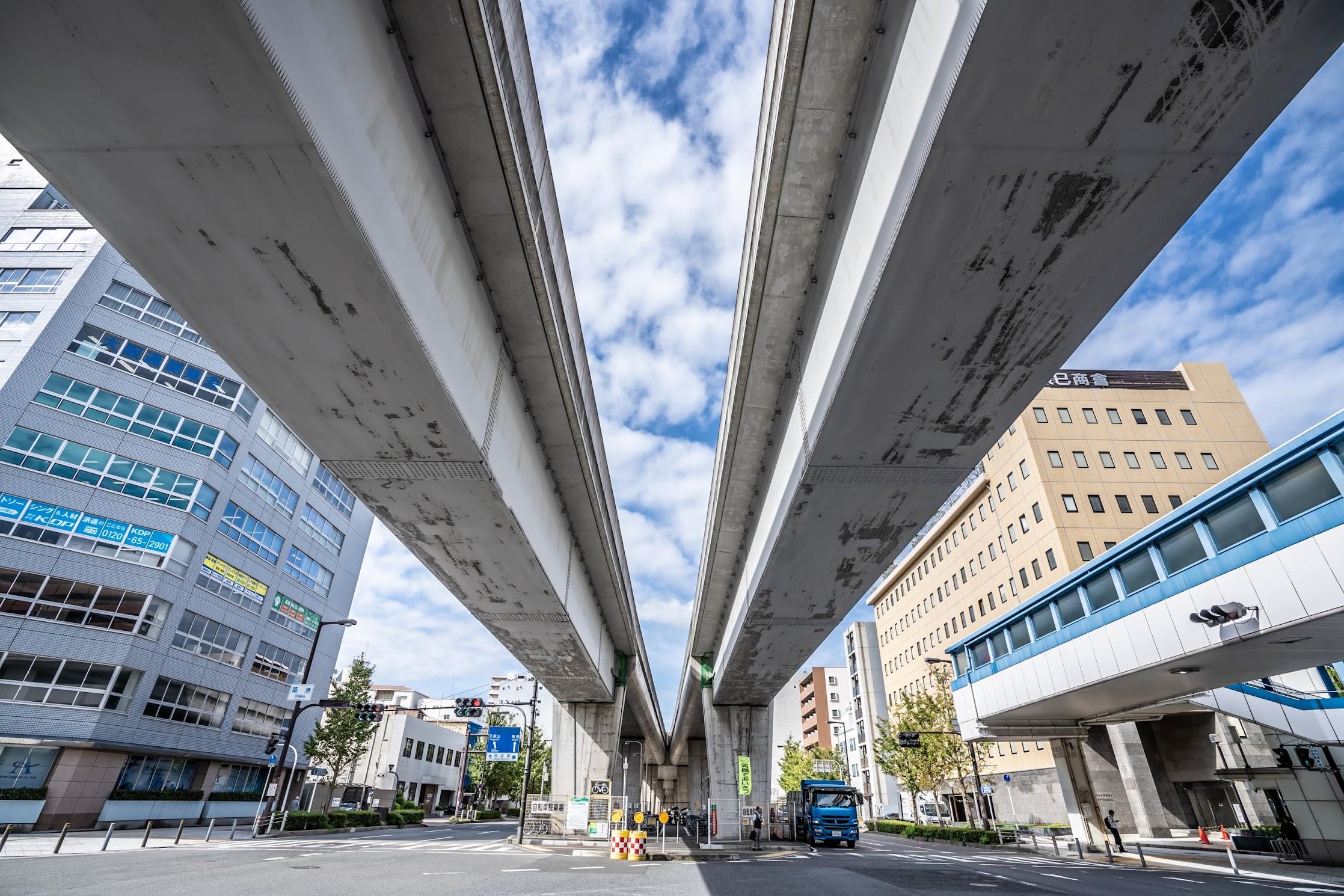 Osakako (Osaka Port) station2