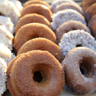 Cinnamon Donuts (Coconut Flour).