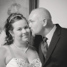 Wedding photographer Freyja Woodward (Freyja). Photo of 04.09.2018