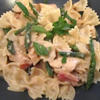 Chicken Farfalle with Low-Fat Alfredo Sauce