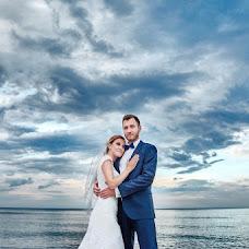 Wedding photographer Michał Dzido (yesidonetpl). Photo of 17.12.2017