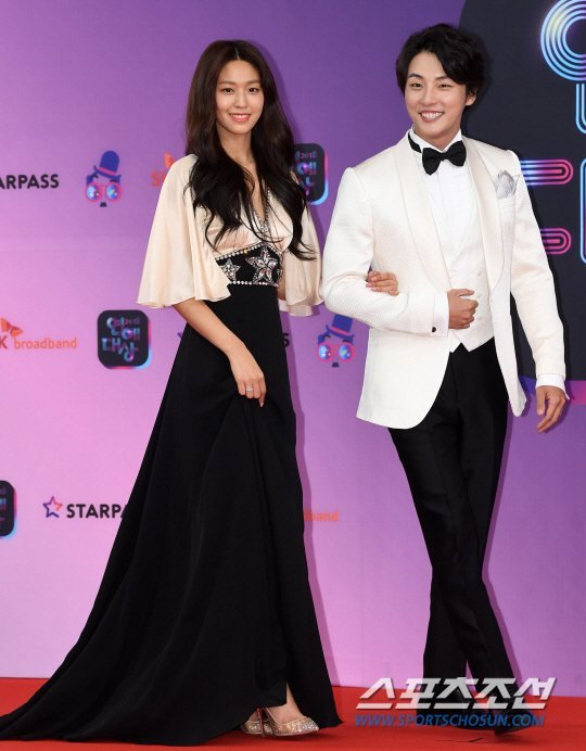 seol gown 26