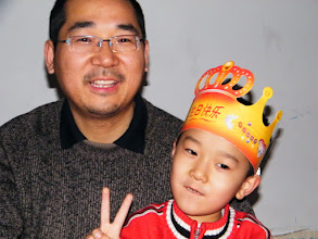 Photo: 父子情深:朱子卓和朱楚甲. dad&son, benzrad&warrenzh, owner of warozhu.com.