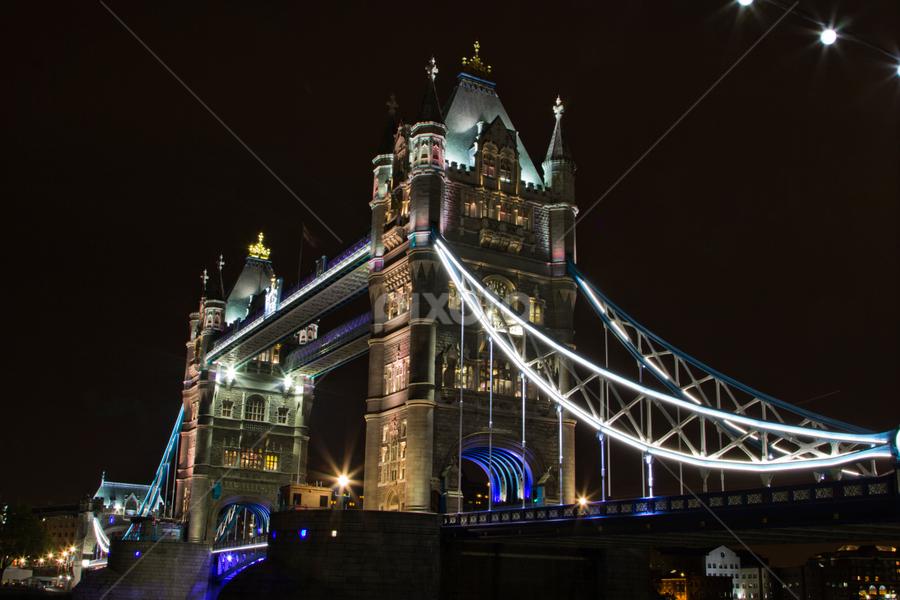 London Bridge at night by Naresh Keswani - Buildings & Architecture Bridges & Suspended Structures ( landmark, travel )
