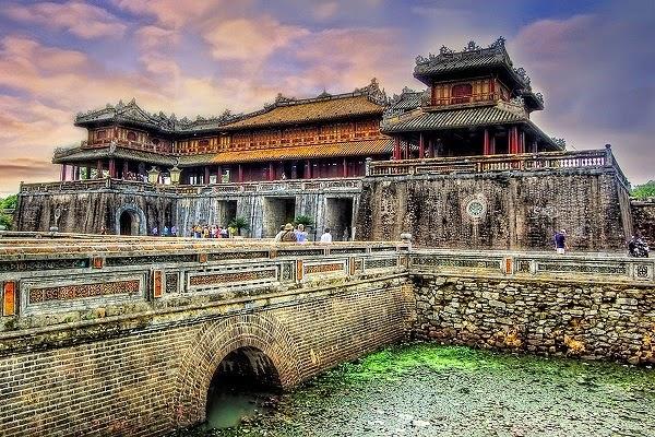 Gợi ý những địa điểm du lịch tuyệt đẹp ở Huế
