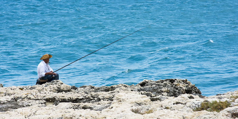 Pescando di Davide Rocco Coluccelli