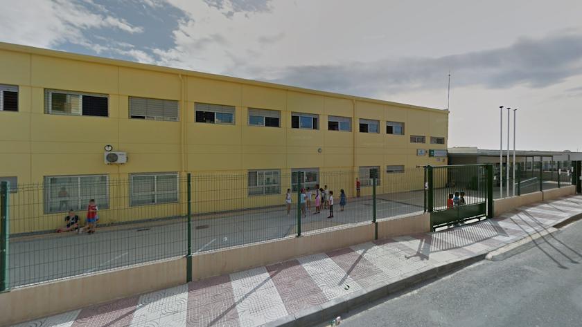 colegio La Molina de Roquetas de Mar, en una imagen de Google Maps.