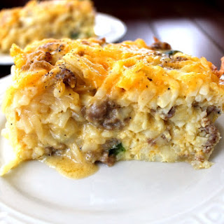 Overnight Cheesy Hashbrown & Egg Casserole.