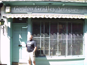 Photo: The other Gordon Gridley who sells antiques in London wasn't home.  Dang it!