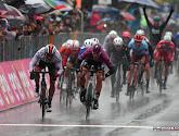 Tijdrijders moeten de regen trotseren in de Giro