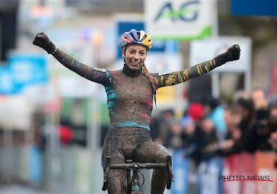 Pauline Ferrand-Prévot zorgt voor knappe overwinning in Overijse vanop laatste startrij