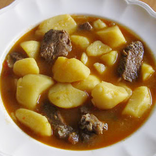 Carne Con Papas (Beef and Potato Stew)