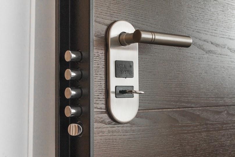 Drzwi mogą być wykonane z różnorodnych materiałów