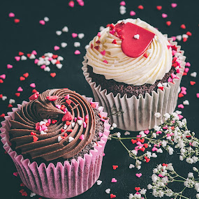 love muffins by Magdalena Sikora - Food & Drink Candy & Dessert ( valentines love, muffins, sweets,  )