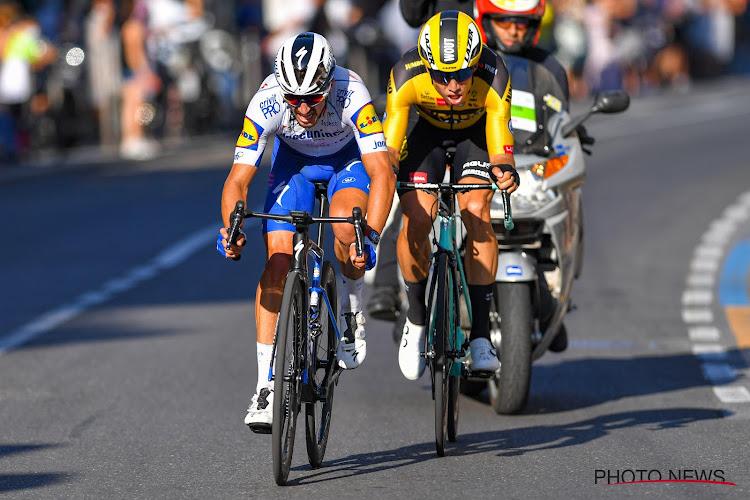 """Alaphilippe dicht bij tweede overwinning op rij in Sanremo: """"Ik wist dat Wout van Aert zeer sterk ging zijn"""""""