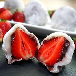 Strawberry Mochi – Ichigo Daifuku.