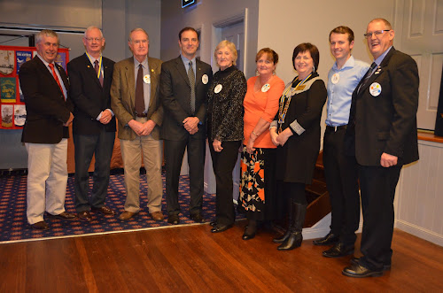 INCOMING AND OUTGOING COMMITTEE: Philip Norrie, Bruce Pyke, Rob Walker, Darrell Tiemens, Joan Burrell, Tricia Hadley, Bev Bartlett, Digby Nield and Daryl Bartlett.