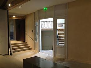 Photo: L'escalier XVIIIème, vers la grande salle basse