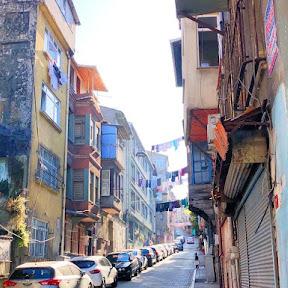 イスタンブールの下町情緒漂うバラットで歴史散策とカフェ巡りを楽しもう!