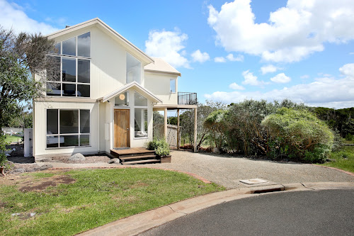 Photo of property at 19 The Broadway, San Remo 3925