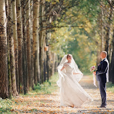 Wedding photographer Valentina Osinceva (Valentinka). Photo of 11.09.2015