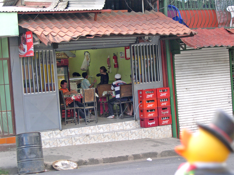 Photo: ciudad colon: a little 'soda', a small informal lunch counter