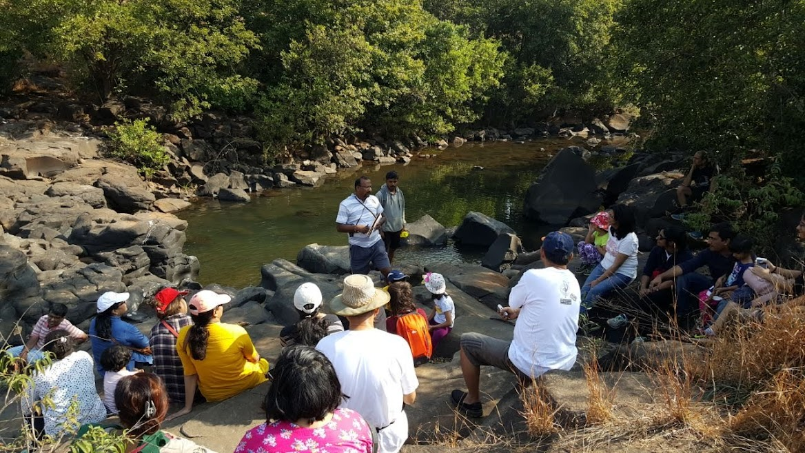 Sharing nature experience with Campers @ Nisargshala Pune
