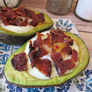 Baked Eggs in Avocado with Pepper Bacon