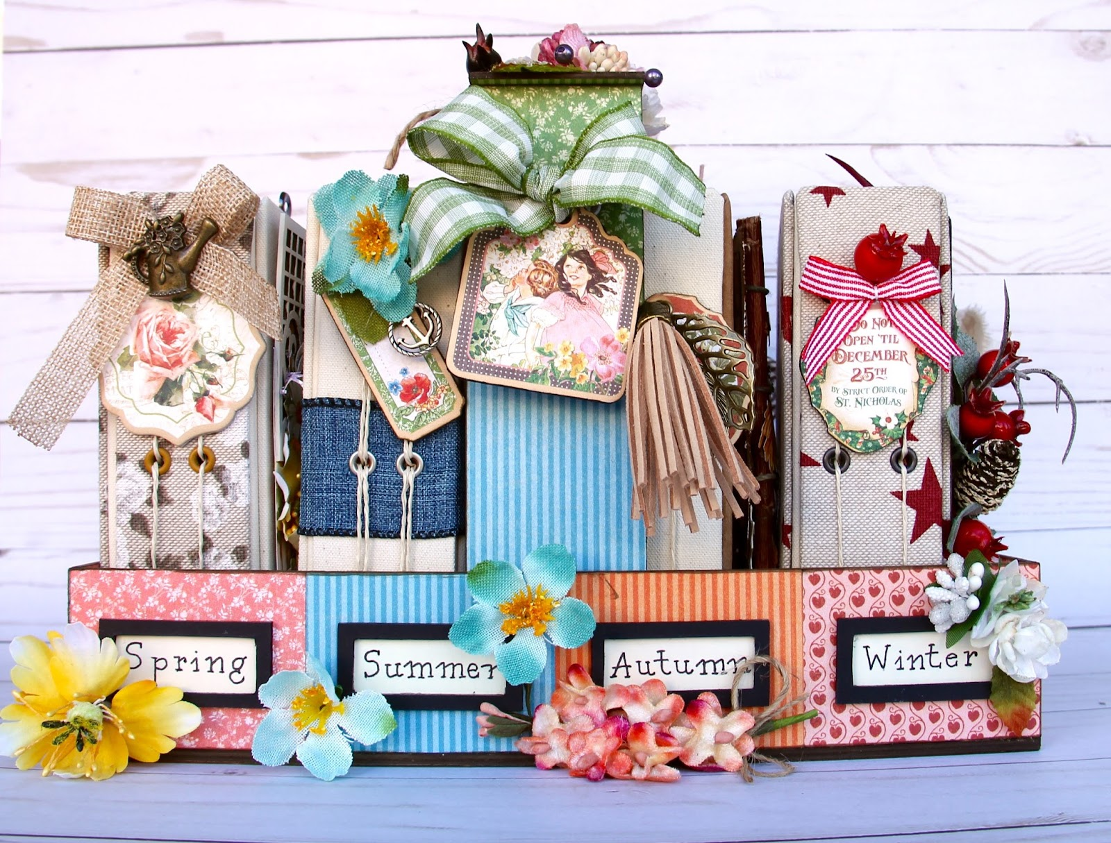 Four seasons Diary Stand G45 Collections Tutorial by Marina Blaukitchen Product by Graphic 45 photo 1.jpg