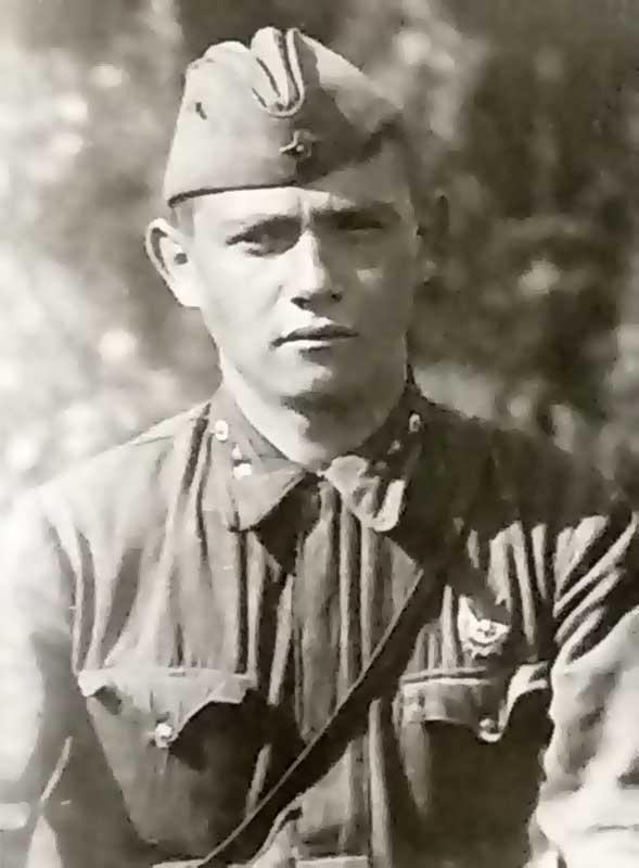 Кадынцев - лейтенант 35 осбр