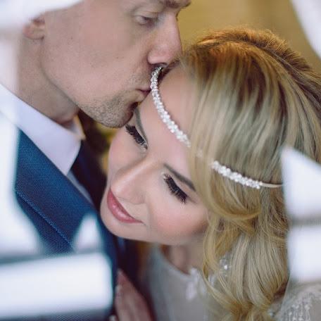 Wedding photographer Anton Kupriyanov (kupriyanov). Photo of 25.12.2017