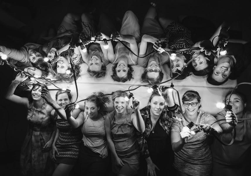 Wedding photographer Jonathan Debeer (iso800-Jonathan). Photo of 08.12.2017