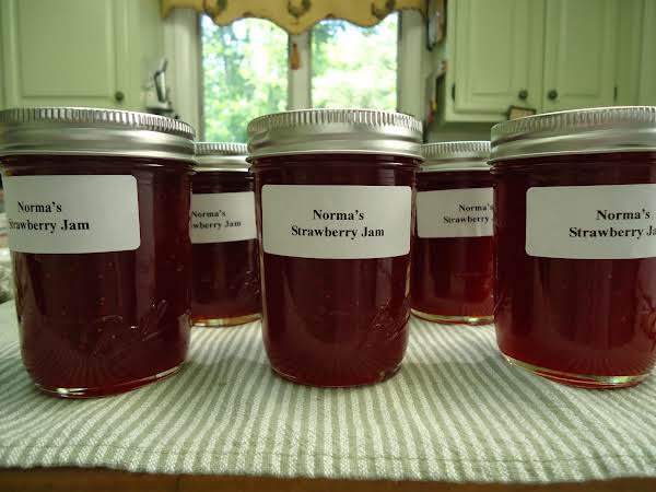 Norma's Easy Strawberry Jam Recipe
