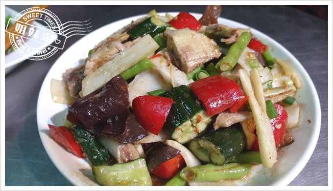 舟董鹹水雞-綜合盤-筍片