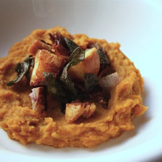 Butternut Squash & White Bean Puree with Bacon-Sage Croutons