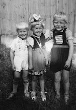 Photo: Seppo Näppi, Marjatta Skyttä ja Jaakko Lehto 1941