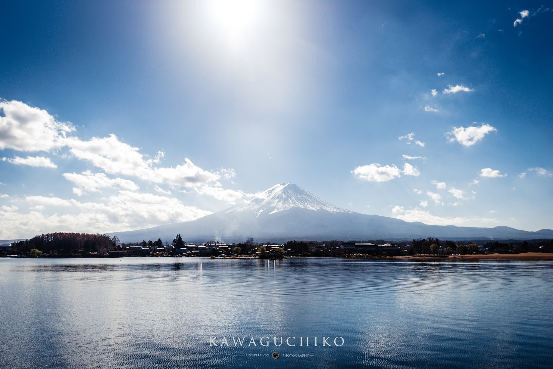 富士山河口湖是可以近距離眺望富士山的地方。