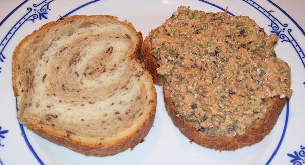 Carrot-olive-basil-yogurt Sandwich Spread Recipe