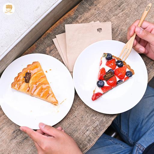 . 📍一百種味道 100 ᴛᴀsᴛᴇs  新竹很有名的蛋糕店,之前其實已經寫過一次就不再贅述了,這次為的是某一款限定口味來的,之前吃過一次好吃到忘不了,不過季節過了也沒吃到,就一樣點我的經典款來吃。