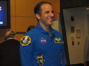 Photo: @AstroAcaba!  What a smile :)