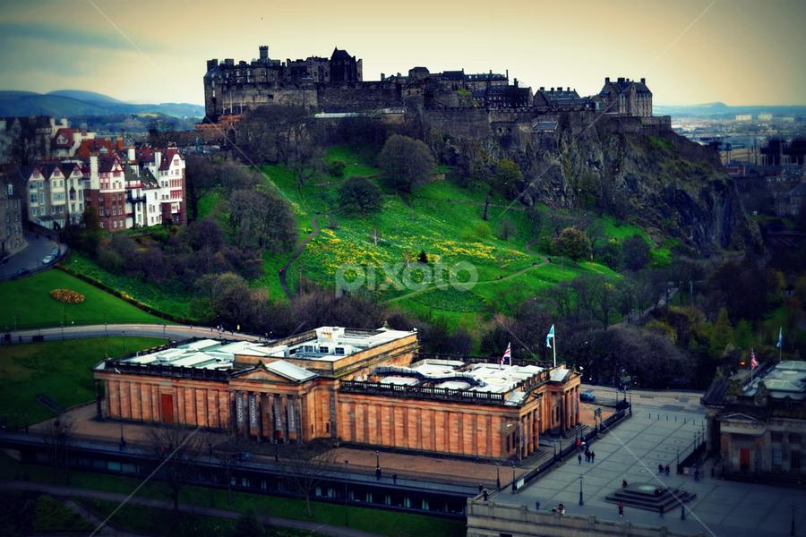 Edinburgh Castle by Sannit Hazra - Novices Only Landscapes ( edinburgh, visiting edinburgh, edinburgh castle, castles of uk )